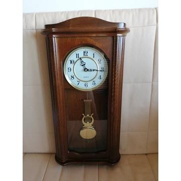 Zegar kwarcowy ścienny skrzynkowy
