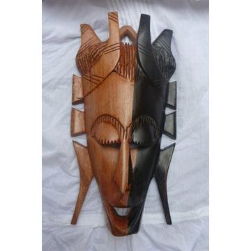 Piękna Drewniana rzeźba -maska afrykańska