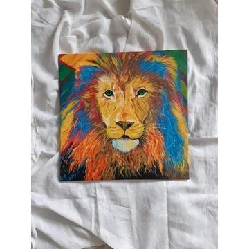 Obraz Lew malowany farbami akrylowymi na płótnie.