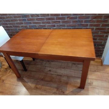 Sprzedam używany stół do jadalni