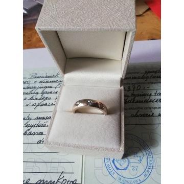 Pierścionek złoto białe , brylanty certyfikat