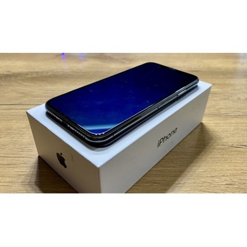 iPhone X 64 Space Gray, etui, bateria 86%, zadbany