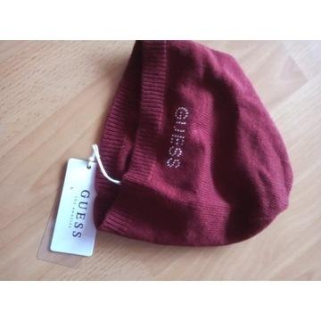 damska czapka Guess