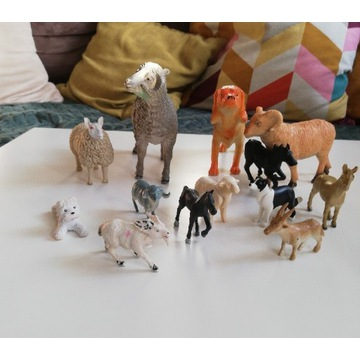 Zestaw figurek owce psy konie koza zwierzęta