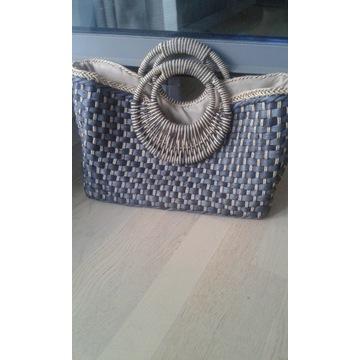 Pleciona wiklinowa torba Zara