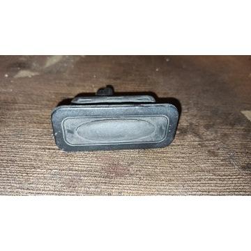 Przycisk klapy bagażnika Renault Megane III 3