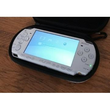 Konsola Sony PlayStation PSP 2003 - BIAŁA!