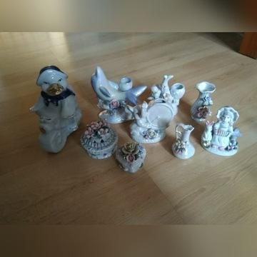 Zestaw figurek z porcelany