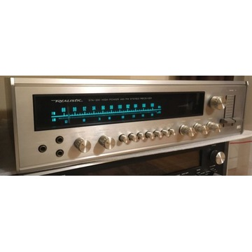 Amplituner Realistic-Hitachi STA-220