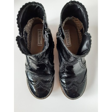 Czarne lakierowane botki next
