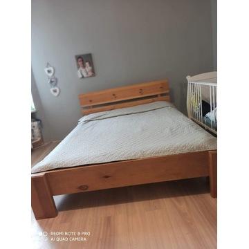 Masywne łóżko sosnowe
