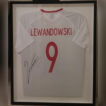 Koszulka Lewandowskiego w RAMIE z autografem !