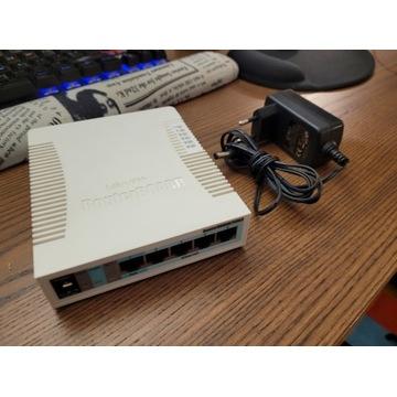 MikroTik RB260GS switch CSS106-5G-1S, 5x GE, SFP