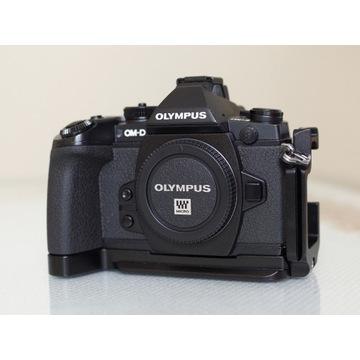 OLYMPUS OM-D E-M1 + dodatki