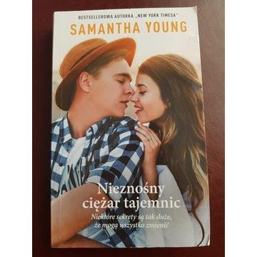 Książka nieznośny ciężar tajemnic samantha Young