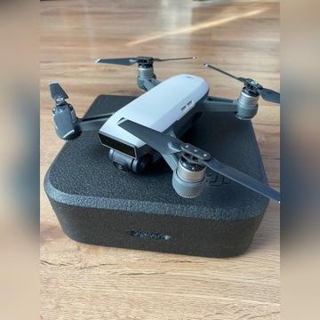 Dron DJI Spark + aparatura