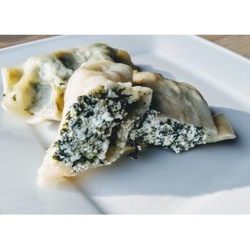 Pierogi szpinak ser ręcznie robione