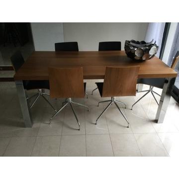 Stół BoConcept z krzesłami