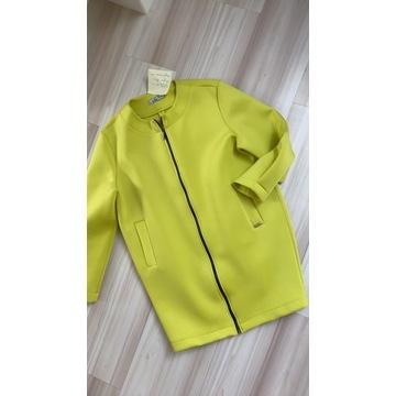 Nowy płaszcz limonkowy  z pianki  38