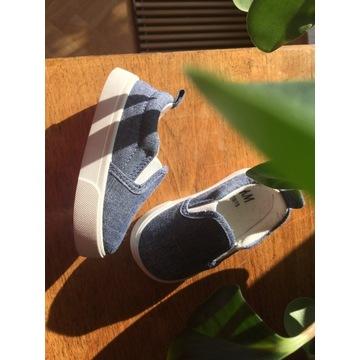 H&M buty dziecięce 18-19 wsuwane trampki jeansowe