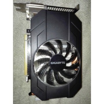 Gigabyte GeForce GTX 960 Mini 4GB + radiatory