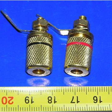 zaciski przewodów głośnikowych