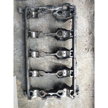 Pokrywa wałków rozrządu AUDI, VW,SKODA 03G 103 308