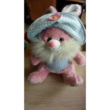 Różowy  królik