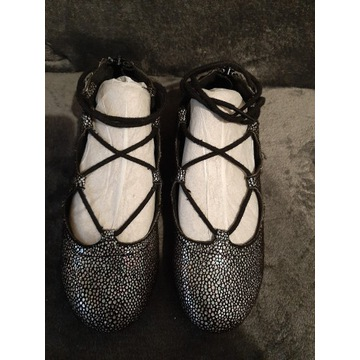 Buty baletki reserved rozmiar 33
