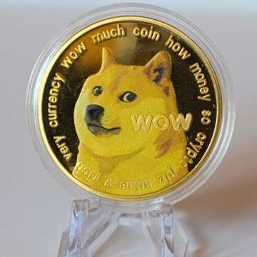 Moneta Dogecoin w kolorze złotym