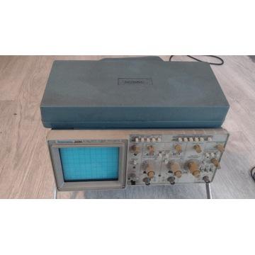 Oscyloskop Tektronix 2220 + okablowanie