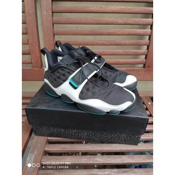 Sneakersy Air Jordan Black Cat 42.5 EUR