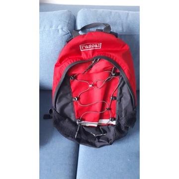 Plecak turystyczny górski miejski Pascal czerwony