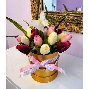 Flower box, stroik kwiatowy, tulipany, prezent
