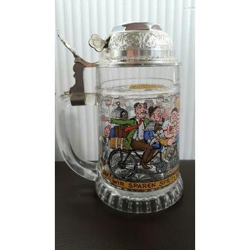Kolekcjonerski szklany kufel z dzwonkiem