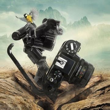 FigARTo obraz na płótnie Rozbity aparat 50x50 cm