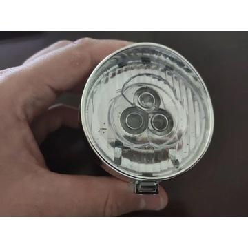 Lampka rowerowa przednia na baterie