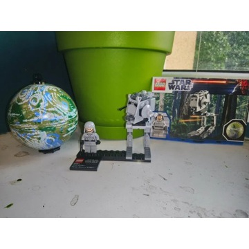 Lego Star Wars AT-ST & Endor 9679
