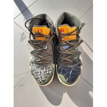 Nike Kybrid S2 Olive Green/Solar Red-Black