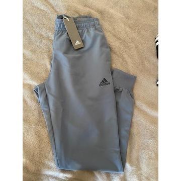 Spodnie dresowe meskie adidas