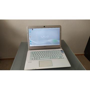 Ładny laptop Sony Vaio i3 4GB RAM 1TB z dodatkami