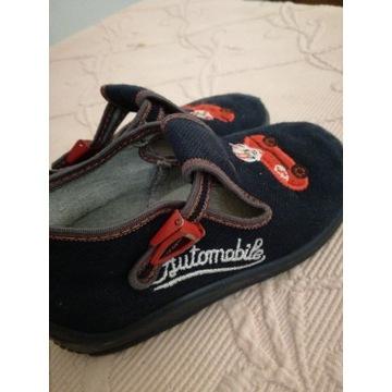 Kapcie dziecięce pantofle 26