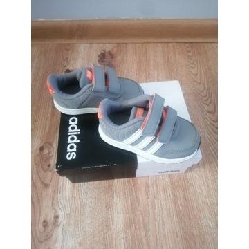 Adidas r. 22