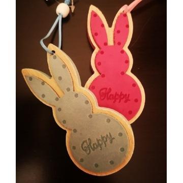 Słodkie zające króliki wielkanocne wiosna wiszące