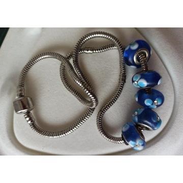 łańcuszek z zawieszkami kolor srebrny gruby