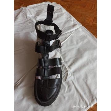 dr Martens sandały - założone kilka razy