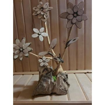 Kwiatek kwiat drewniany ozdoba