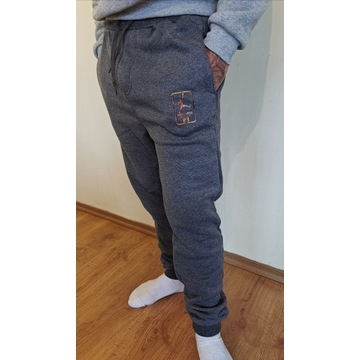 WYPRZEDAŻ!! Spodnie dresowe JORDAN