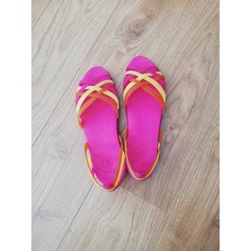Sandałki crocs W8 - rozmiar 38