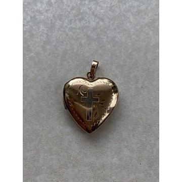 Stary Złoty wisiorek serce otwierane puzderko 3g